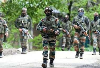 Tropas indias patrullan la frontera con China. Foto Internet