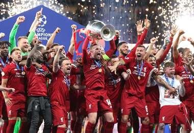 La celebración de los Reds,que también son los vigentes campeones de la Champions