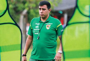 César Farías busca que sus dirigidos agarren de competencia