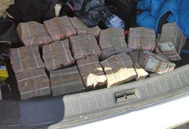 La plata se encontraba en el maletero de un vehículo.