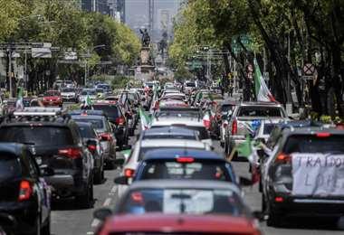 La caravana en el centro de la Ciudad de México. Foto AFP