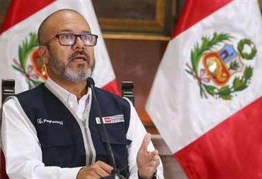 Víctor Zamora, ministro de Salud de Perú. Foto Internet