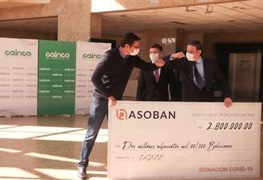Asoban se suma a la campaña 'Demos de Corazón: Hoy Santa Cruz con un importante aporte económico