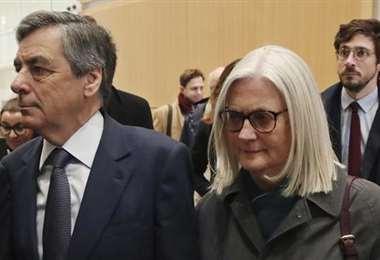 François Fillon condenado a 5 años de cárcel