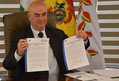 José Luis Parada, ministro de Economía, dijo que la Ley 767 fue una medida política para dejar sin dinero a las entidades territoriales autónomas