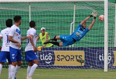 La temporada de competencia en el fútbol profesional boliviano podría darse desde agosto. Foto: internet