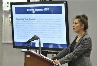 La ministra de Comunicación, Isabel Fernández. Foto: APG