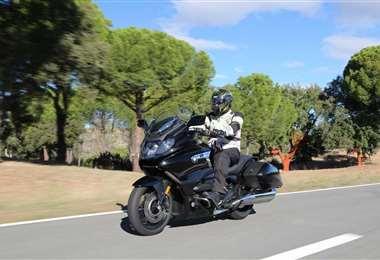 Las cinco motocicletas que funcionan con seis cilindros
