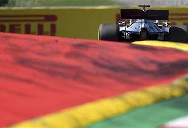 Lewis Hamilton durante una competencia. Foto: AFP