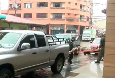 Oficiales de la Felcc realizó el levantamiento del cadáver