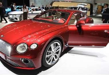 El fabricante de autos de lujo pertenece al grupo alemán Volkswagen