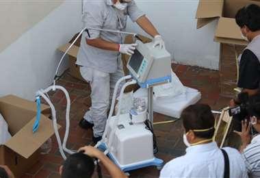 Los respiradores de emergencia que están bajo investigación /Foto: APG/Noticias