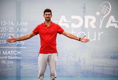 """El serbio Djokovic considera """"extremas"""" las estrictas restricciones sanitarias que tendrán que cumplir los tenistas en el US Open. Foto: AFP"""