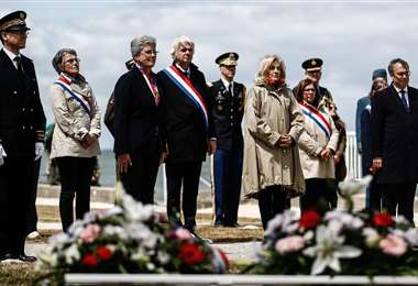 Deslucida ceremonia realizada en las playas de Normandía. Foto AFP