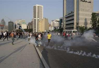 Los manifestantes se enfrentaron a las fuerzas del orden. Foto AFP