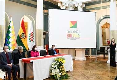 Hoy, en La Paz, se lanzó Proexport Bolivia /Foto: Cancillería