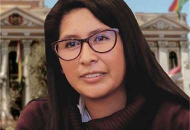 La presidenta de la Asamblea, Eva Copa.