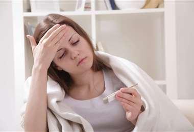 Cuando se siente un poco de temperatura en el cuerpo, de inmediato se debe medir la temperatura