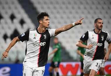 La celebración de Cristiano Ronaldo, que con sus goles de este sábado ya suma 28 en la temporada. Foto: AFP