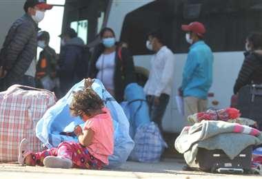 Las autoridades en salud vuelven a insistir en que los niños y adultos mayores no deben salir a la calle. Foto: Jorge Ibáñez