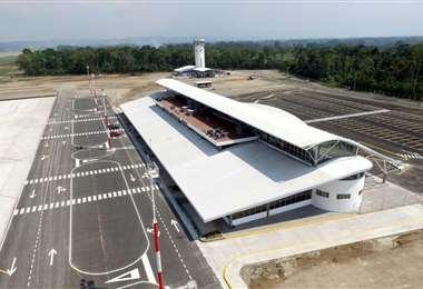 En el aeropuerto de Chimoré se invirtieron Bs 249 millones. En 2019, 1.712 viajeros se transportaron desde allí /Foto: Fuad Landívar