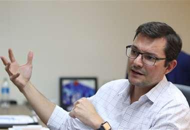 Hurtado critica que en esta crisis los políticos solo hagan cálculos partidarios (Foto: Ricardo Montero)