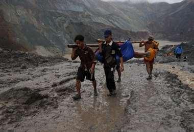Mas de 120 muertos en minas de jade en Birmania