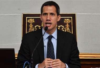 Justicia británica da la razón a Guaidó