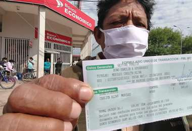 Según el Ministerio de Economía un total de 3.545.175 personas han cobrado el bono Universal/Foto: Hernán Virgo