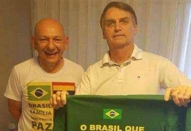 Bolsonaro (dcha) y su aliado Luciano Hang. Foto Internet