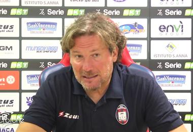 El DT Giovanni Stroppa logra el ascenso con el Crotone