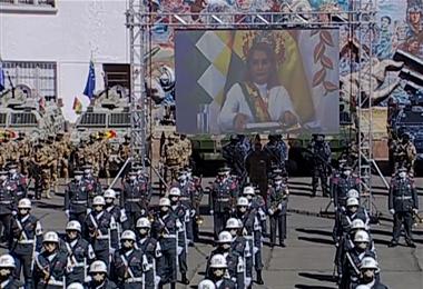 La presidenta siguió de forma virtual el acto de imposición de grados a miembros de la institución militar. Foto. ABI