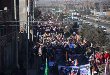 La marcha de la COB y sectores partió de la ciudad de El Alto. Foto: APG Noticias