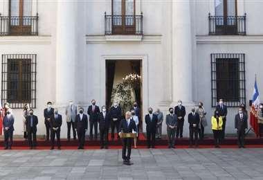 Piñera posesionó a su nuevo gabinete. Foto La Tercera