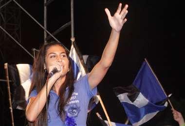 Jessica Jordan cuando era candidata del MAS. Foto: Internet