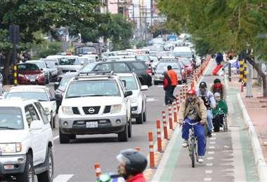 La avenida Grigotá llena de vehículos pese a la cuarentena. Foto Ricardo Montero