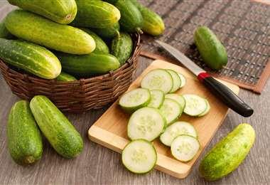 El pepino es uno de los vegetales más consumidos. Es rico y tienen muchos nutrientes