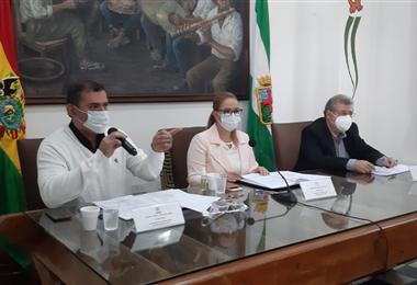 La cita de los ocho municipios que conforman el área metropolitana de Santa Cruz se llevó a cabo en la capital del departamento. Foto. Alcaldía de Santa Cruz