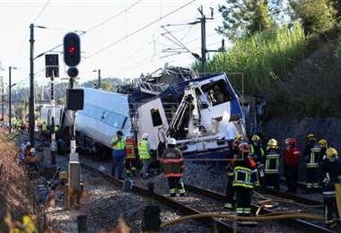 El tren descarrilado. Foto Internet