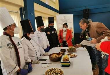 Los chefs nacionales presentaron su oferta gastronómica
