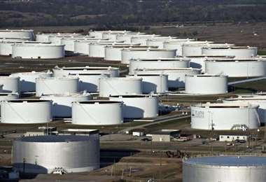 Las reservas de gasolina están a la baja. Foto Internet