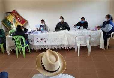 Reunión del Concejo Municipal concepcioneño. Foto Jorge Huanca