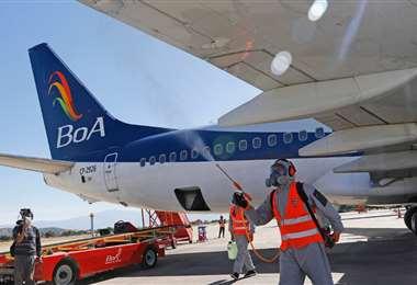 En BoA aseguran que las aeronaves son desinfectadas después de cada vuelo /Foto: APG Noticias
