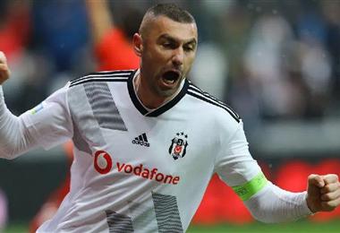 Burak Yilmaz aporta experiencia y goles