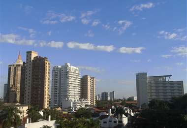 Para la urbe cruceña se pronostican temperaturas máximas de 26ºC y mínimas de 14ºC. Foto: Álvaro Rosales M.