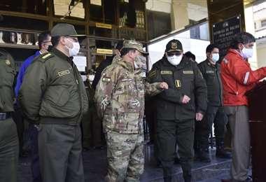 Militares y policías en conferencia de prensa I APG Noticias.