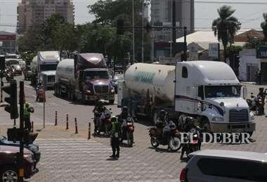 Los camiones se encuentran varados