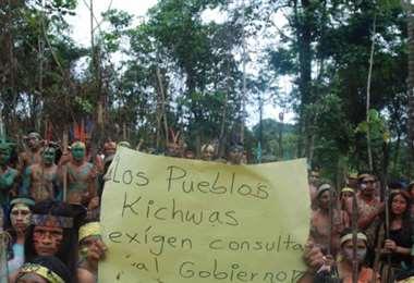 Perú: protesta deja indígenas muertos