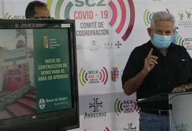 Costas también anunció que se construirá una infraestructura para el Banco de Sangre. Fotos: Fuad Landívar