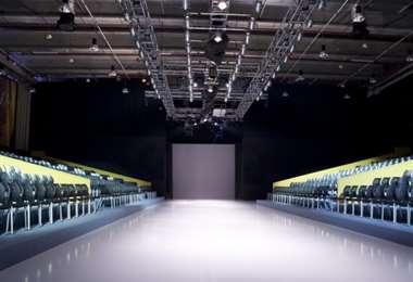 Por el momento las pasarelas están vacías, pero habrá fashion shows de manera virtual